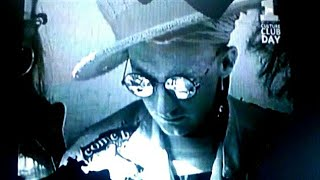 BOY GEORGE  WHITE POWDER.(Behind The Music at Culture Club Day).