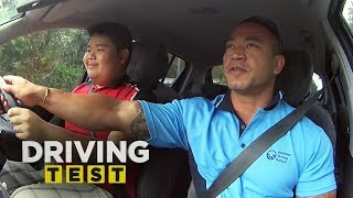Instructor intervenes in fear of his life | Driving Test Australia