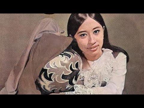 Bunga Flamboyan - Laily Dimjathy            P'DHEDE CIPTAMAS.wmv