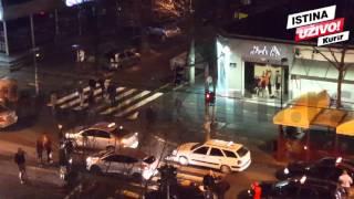 EKSKLUZIVNI SNIMAK! MASOVNA TUČA U BG: Nasilnici tukli vozača, a onda su taksisti uzvratili!