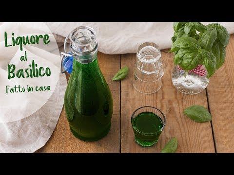 LIQUORE AL BASILICO FATTO IN CASA Ricetta Facile - Italian B