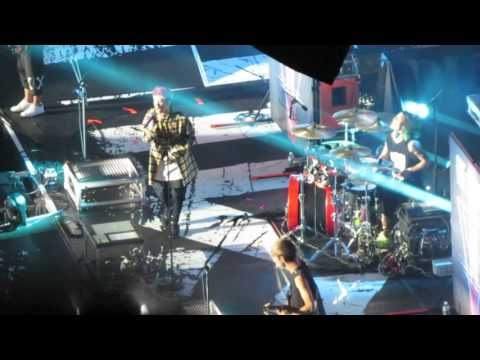 One Ok Rock-Cry Out Madison Square Garden July 15, 2016