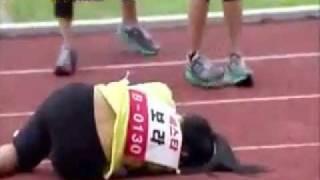 Video Sistar bora accident during 3rd Idol Star Athletics Championship (womens 100m - finals) download MP3, 3GP, MP4, WEBM, AVI, FLV Juni 2018