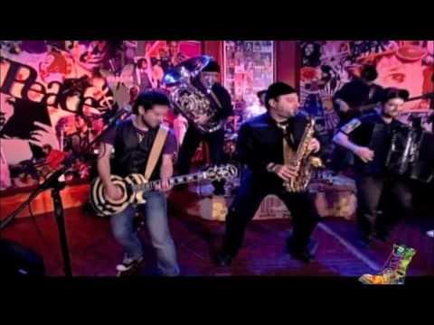 Cabaret Balkan live @Radio Arvyla 6 / ''Lianohortaroudia''