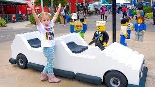 Влог: Настя в парке развлечений для детей Леголенд с друзьями