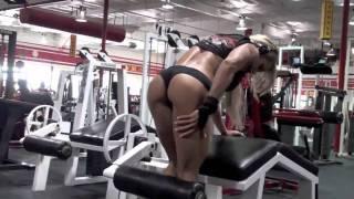 Larissa Female Traning Fitness .avi