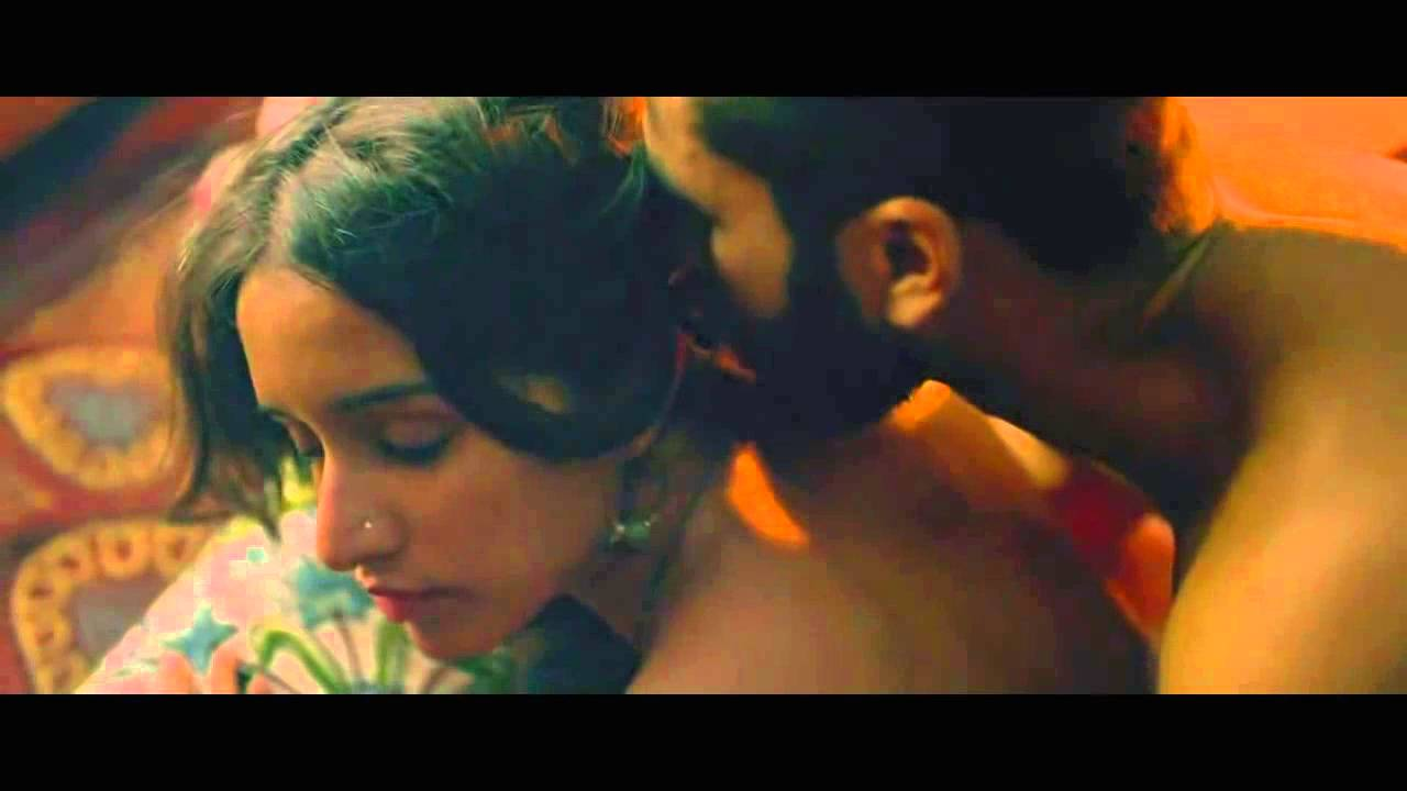 Shraddha Kapoor Kissing Video