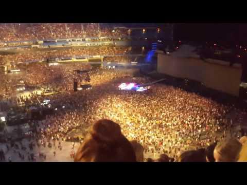 U2 Bad/Leonard Cohen tribute at Rogers Centre June 23, 2017