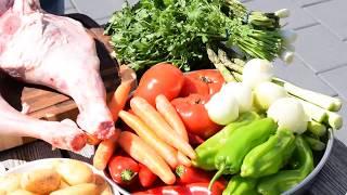 Баранина с овощами в казане на костре!