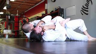 Gustavo Gasperin Rolls With Lower Belts At Uprise MMA Brazilian Jiu Jitsu