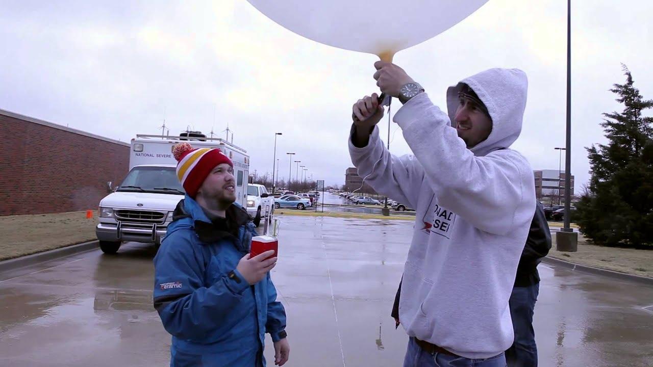 Balloon Launch with Radiosonde - February 20, 2013