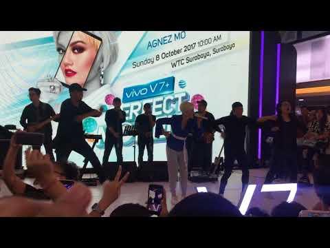 AGNEZ MO - Shut 'Em Up (Live Performance at WTC Surabaya) 08/10/17