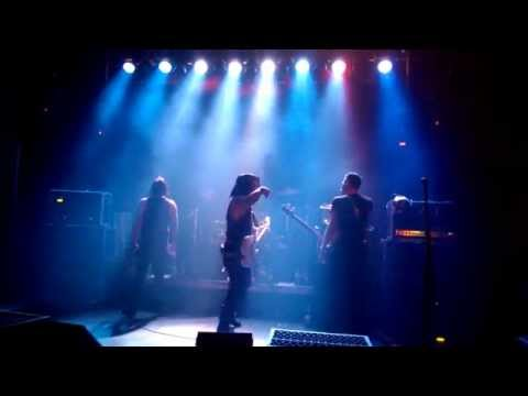 Escape The Fate - Until We Die, Live Vienna 2014 Szene Wien