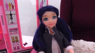 Видео для девочек с Леди Баг: У Маринетт прыщи!