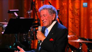 Tony Bennett performs at the Gershwin Prize for Stevie Wonder