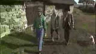 DISKOTEKA AVARIA - Na ostrie ataki