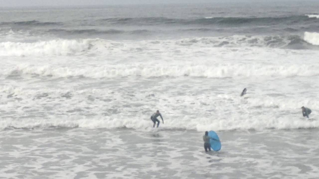 longbeach escuela de surf , salinas, asturias - youtube