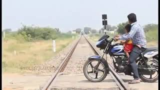 ابشع حادث في الهند قطار يمرد طفل
