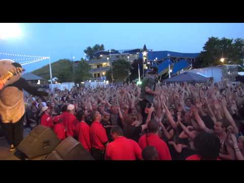 Chunk! No, Captain Chunk! In Friends We Trust (Live) Milwaukee Warped Tour