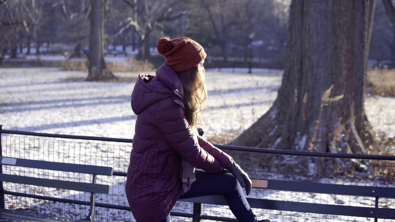1a3a0049d2 Parka Feminina Fiero com enchimento em pluma de ganso para o frio ...
