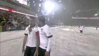 Partido Bajo La Nieve