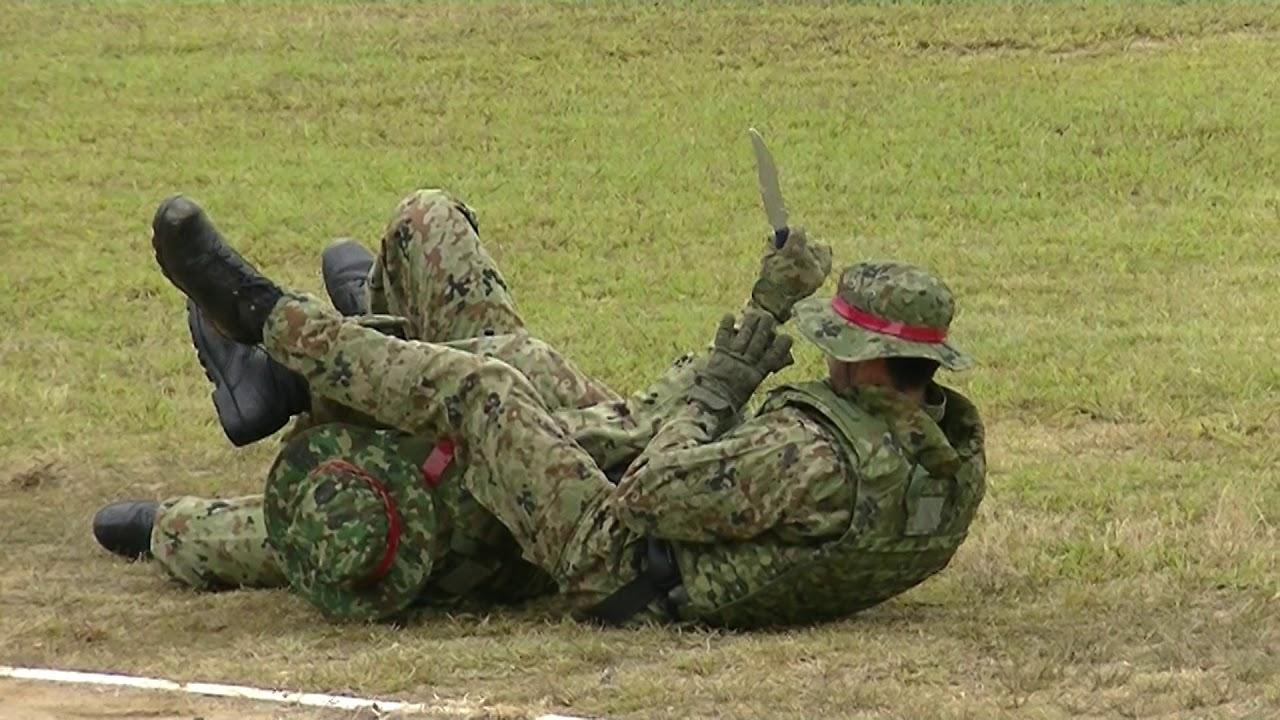 金沢駐屯地創立67周年記念行事 格闘技訓練展示 - YouTube