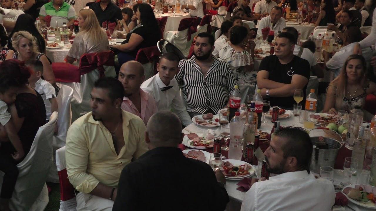 Download Extraterestrii la lipov- nunta Tibi padeanu si Alina parte 3
