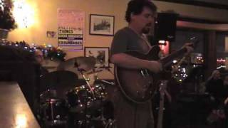 "Morris Acevedo's Electric Trio ""Thrown Back"" live at Ace In the Hole"