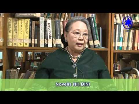 Wawancara Novelis Nh. Dini Mp3