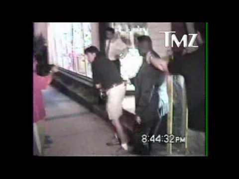 Bodyguard Took Down Paparazzo While Shia LaBeouf And Megan Fox Were Having Dinner