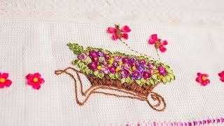 Como decorar una toalla con bordado a mano con cintas e hilo