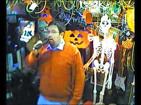 Blinker singt  Music of the night im Karaoke Fun Pub Stuttgart http://www.funpub.de
