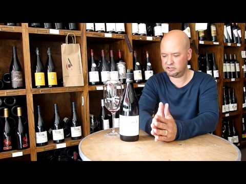 Review of the Xavier Vignon - Cotes du Rhone (Rhone Valley, France) - click image for video