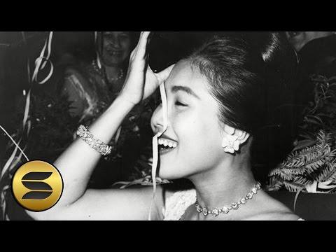 """► 84 ภาพน่ารัก! + ภาพหายาก ของ """"พระราชินี"""" 🌟"""