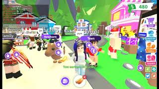 STARTING MY OWN HOT DOG STAND IN ADOPT ME!!! (Roblox Adopt Me)