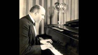 "Walter Gieseking plays Debussy  ""Poissons d"