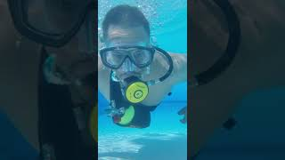SMACO S400 Portable Scuba Tank. 1 liter Capacity ( 4K Video Playback on Youtube Web ).