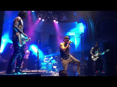 Hollywood Undead - Levitate (feat. Crown the Empire) @ Newport (October 9, 2015)