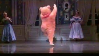 バレエ ボストンバレエ団のクマさんがキレキレのダンスを披露しています...
