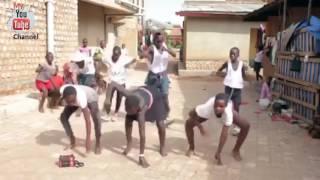 Africa Bergoyang- Goyang Sampe Bodo