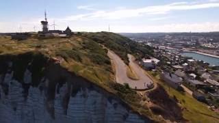 Fécamp, le cap Fagnet en été - drone Bebop 2