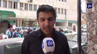 معلمون ينفذون وقفات احتجاجية رفضا لقرارات وزارة التربية والتعليم الجديدة