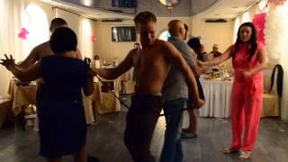 Эротический танец Расслабон После Свадьбы