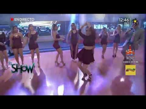 Anel Rodríguez bailando perreo muy y Hot