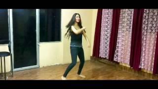Tu cheez badi hai mast | Dance steps | Rincha Batra