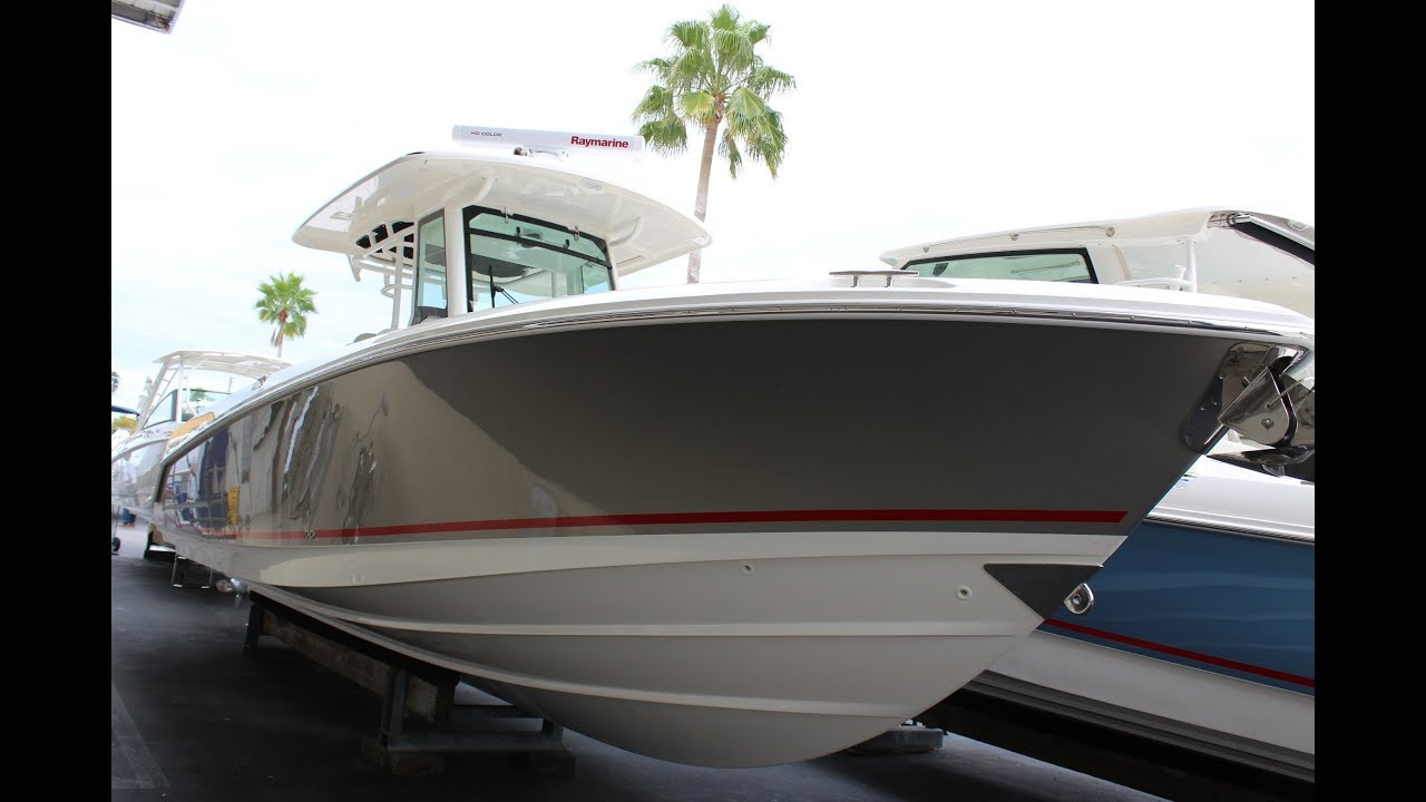 2019 Boston Whaler 330 Outrage Power Boat For Sale - www yachtworld com