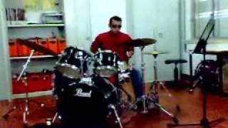 Rui Diogo (baterista cego dos Think B4) - solo de bateria