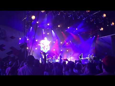 """Jason Isbell """"American Girl"""" (Tom Petty cover) at Mempho Festival 10/7/17"""
