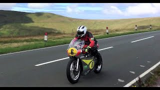 Classic TT Isle of Man - amazing sounding bikes ridden to the limit!