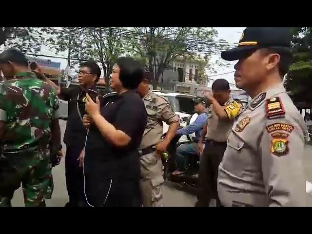 Baliho Prabowo Dipertahankan Warga Bekasi Utara